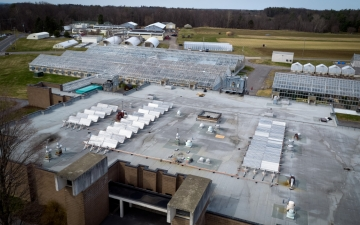 solar collector system on roof of Guterman lab